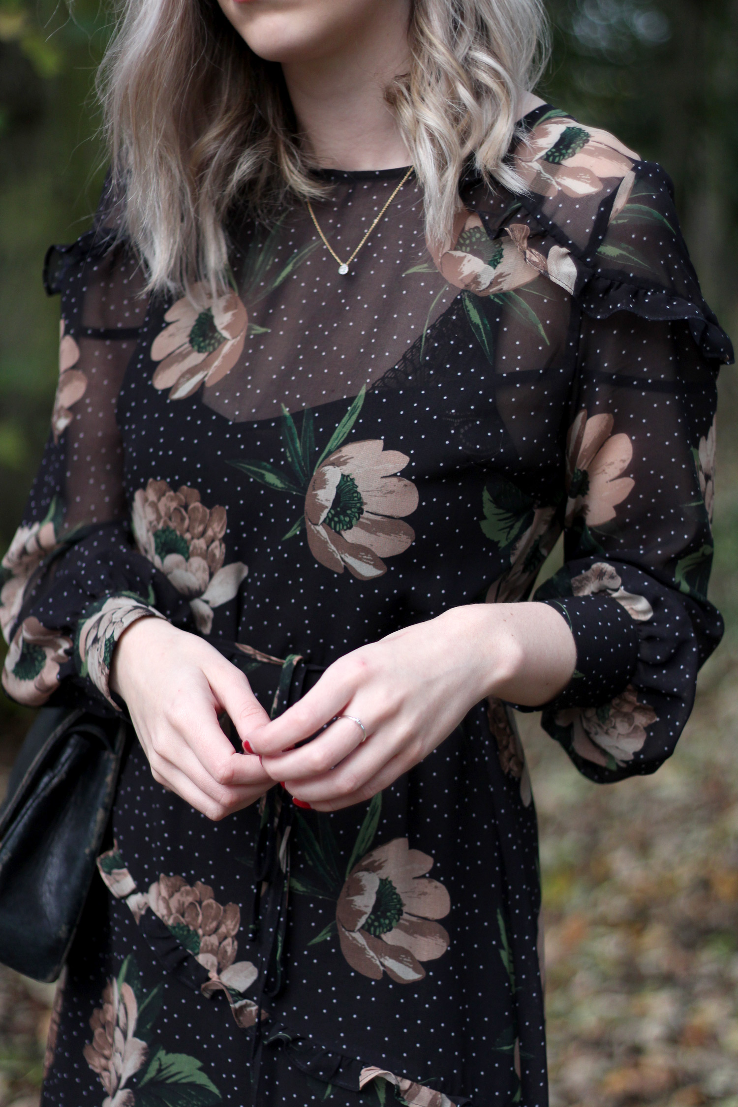 next-floral-midi-dress-nude-leather-boots-vintage-chanel-autumn-outfit-14
