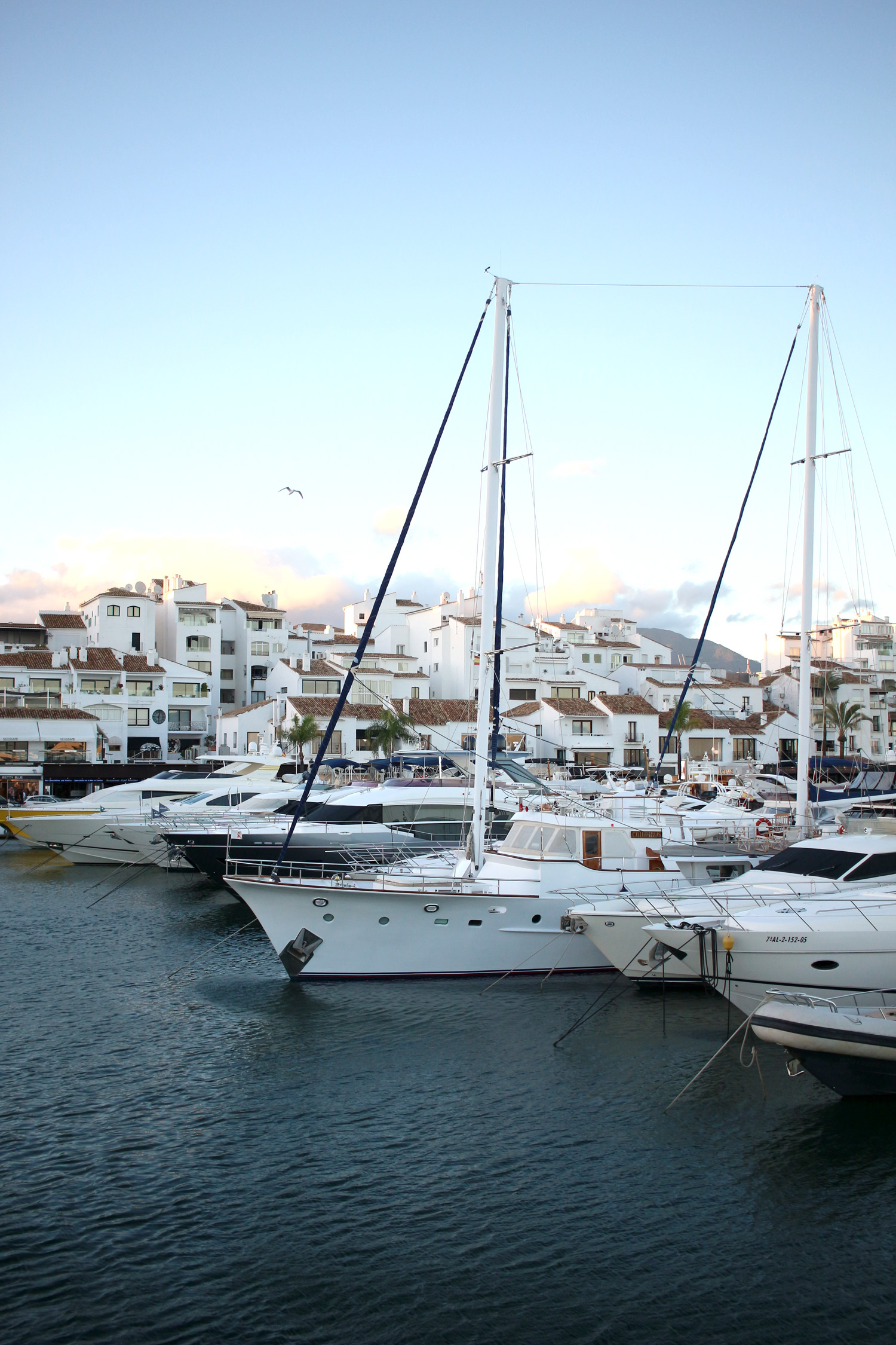 marbella-malaga-spain-travel-blogger-Puerto-Banus-6