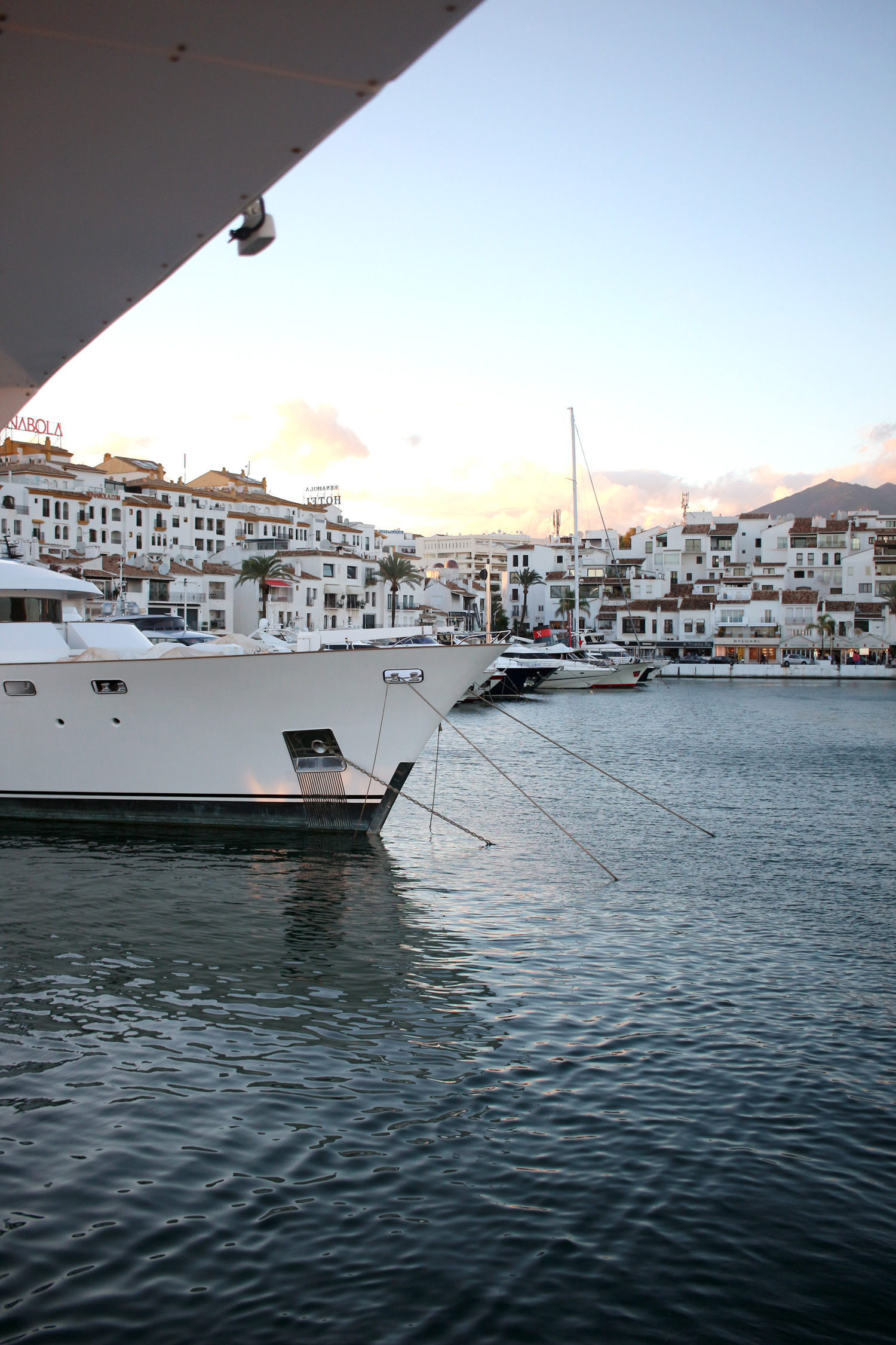 marbella-malaga-spain-travel-blogger-Puerto-Banus-7
