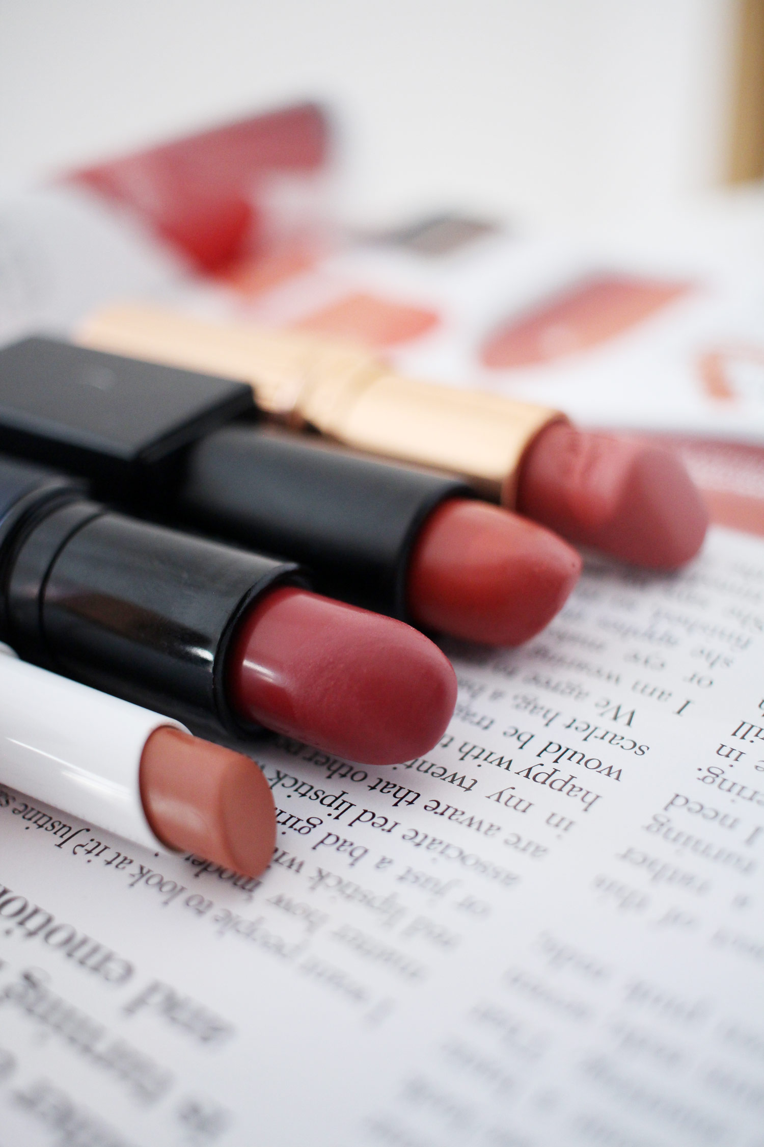 four-peach-pink-rose-lipsticks-to-try-now-4