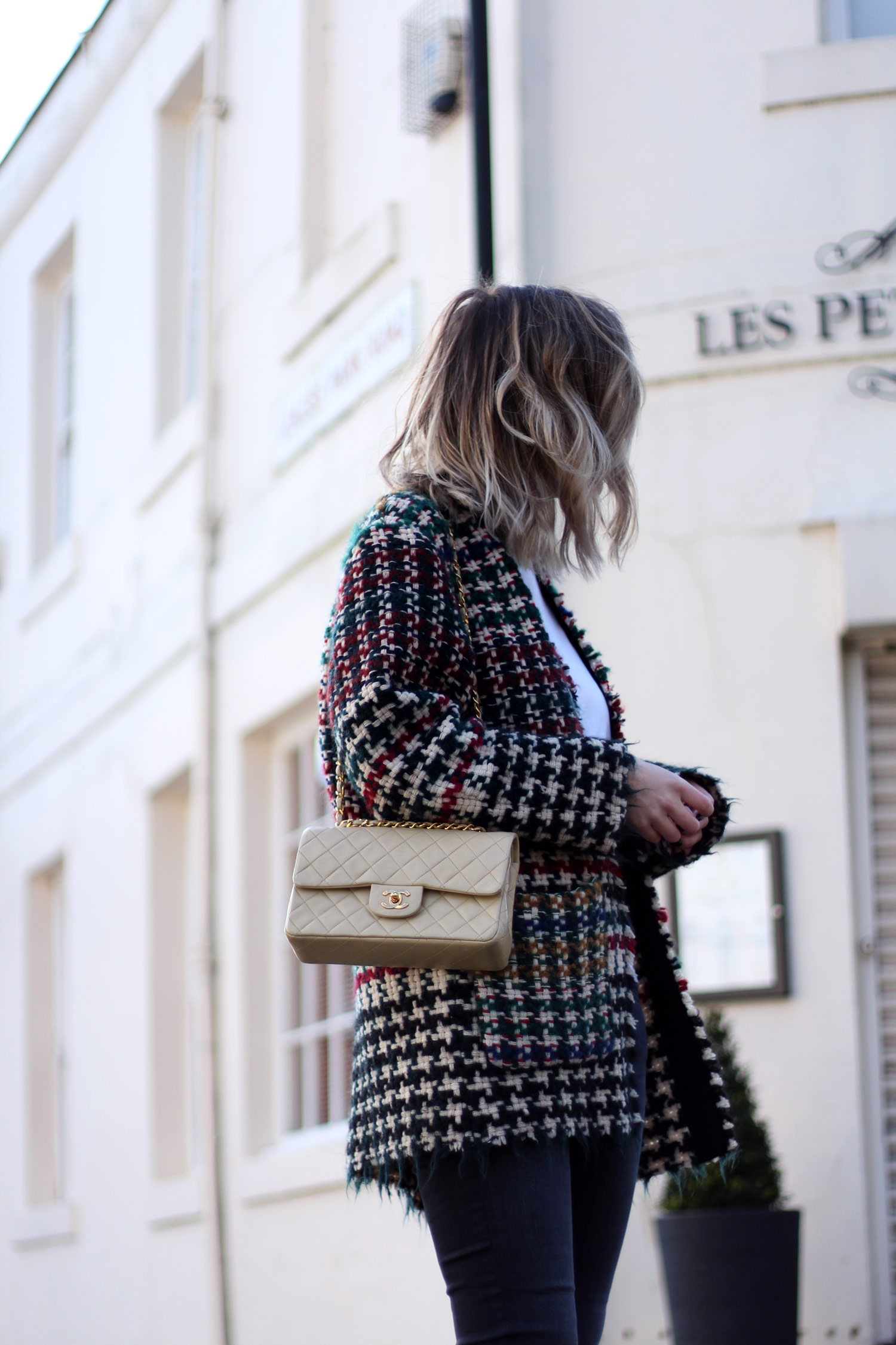 isabel-marant-diana-coat-vintage-cream-chanel-bag-10