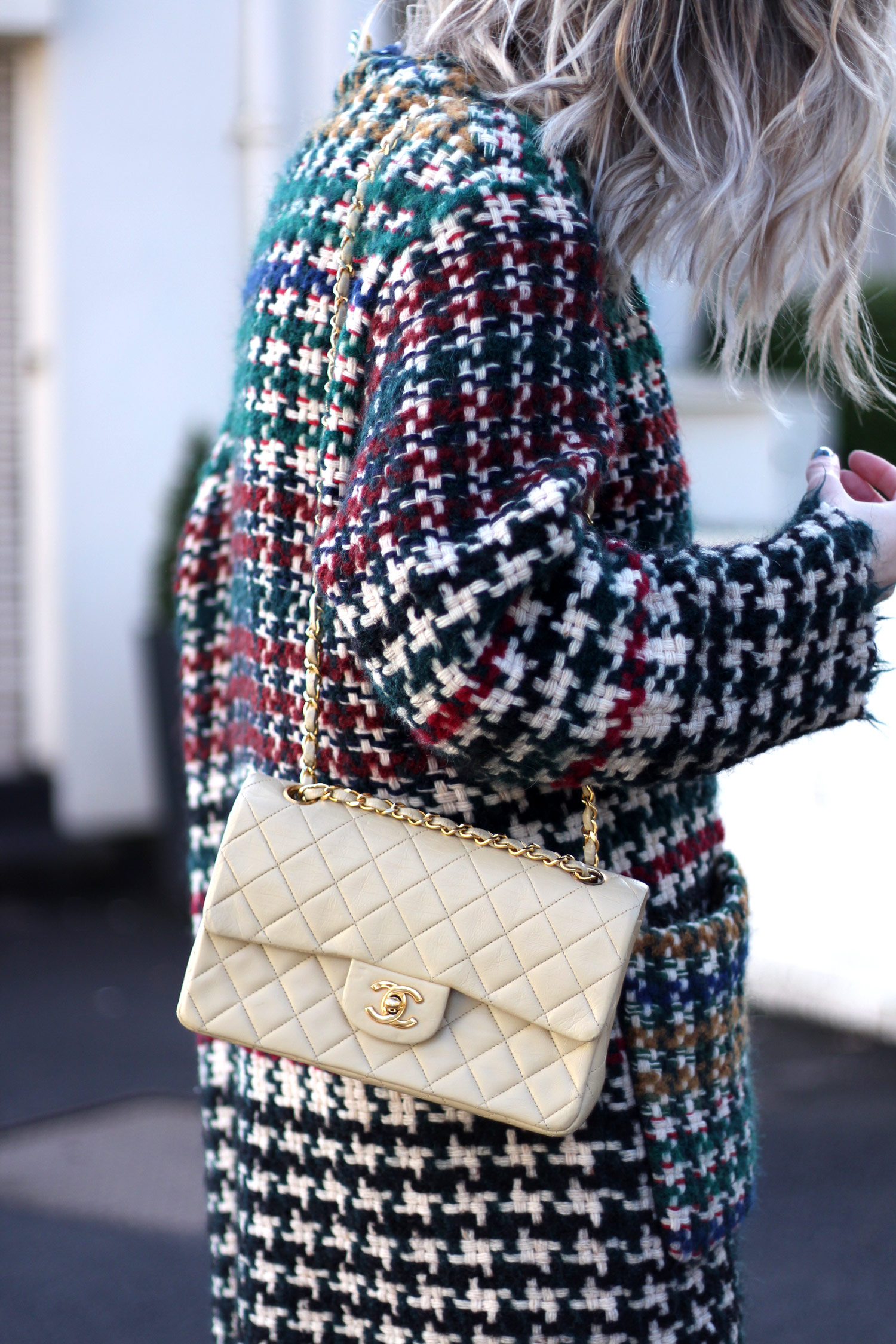isabel-marant-diana-coat-vintage-cream-chanel-bag-12