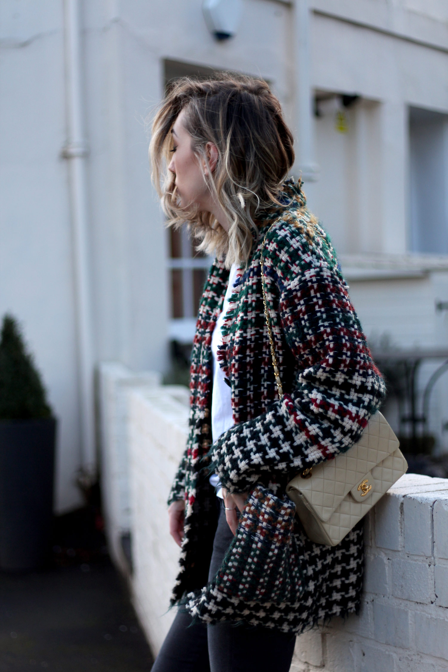 isabel-marant-diana-coat-vintage-cream-chanel-bag-15