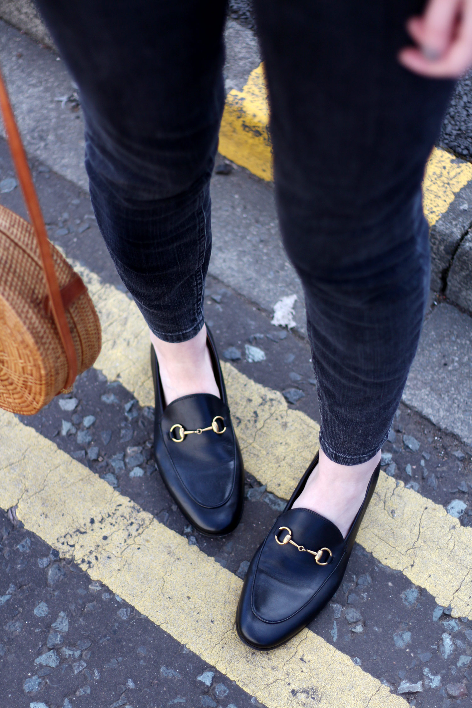 mango-beige-blazer-yellow-stripe-tshirt-gucci-loafers-basket-bag-22