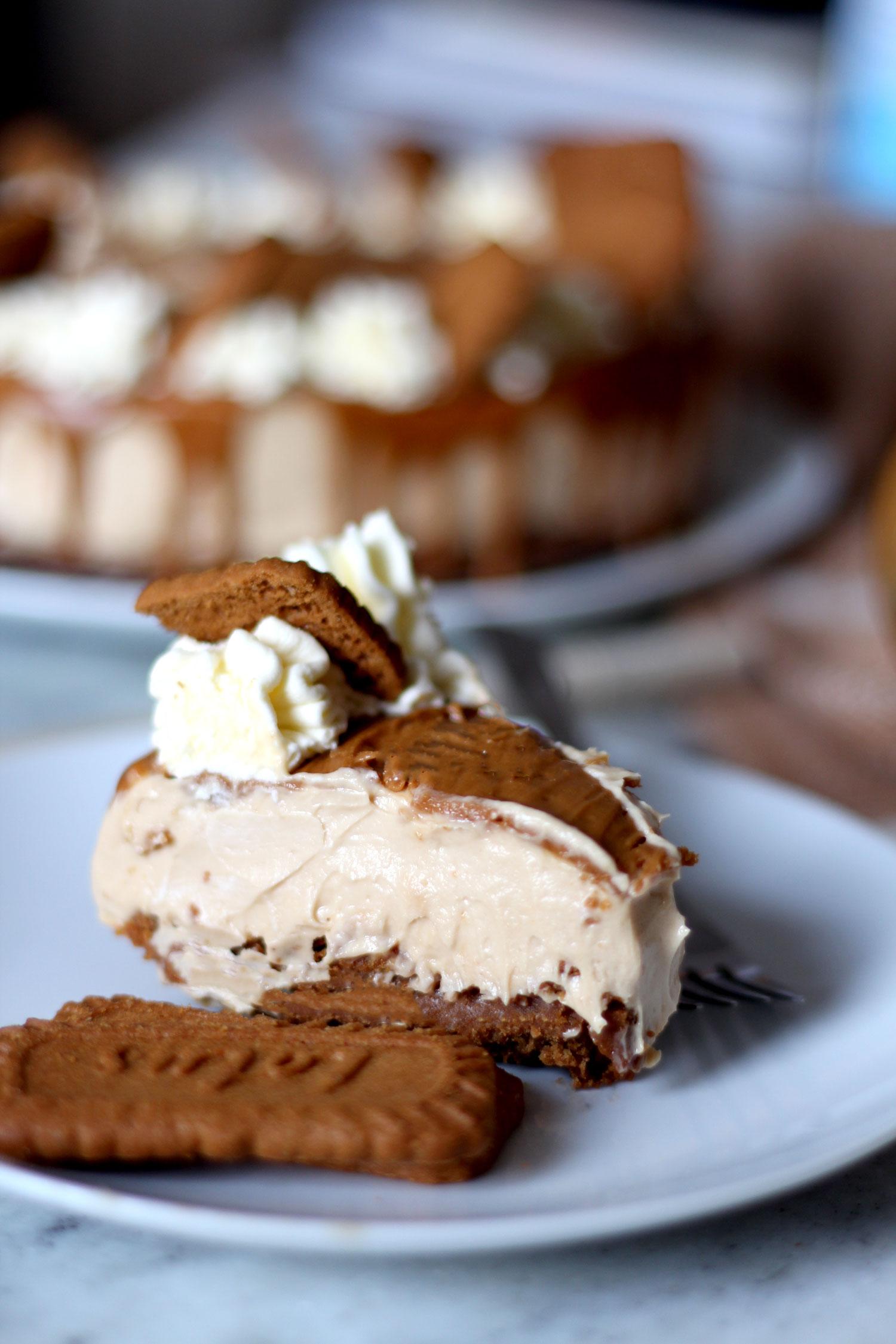 lotus-biscoff-cheesecake-recipe-easy-no-bake-5