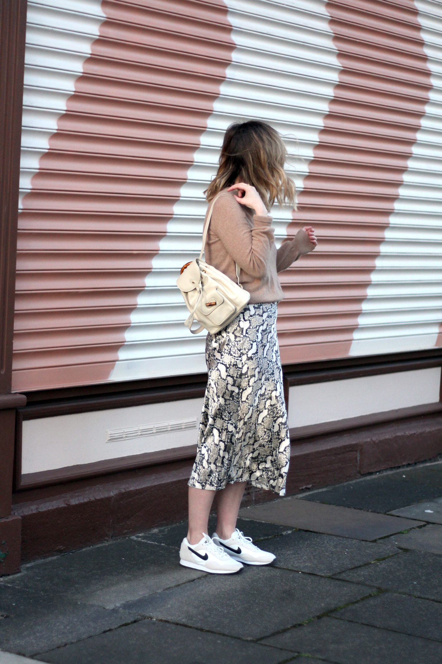 h&m-snakeprint-midi-skirt-vintage-gucci-backpack