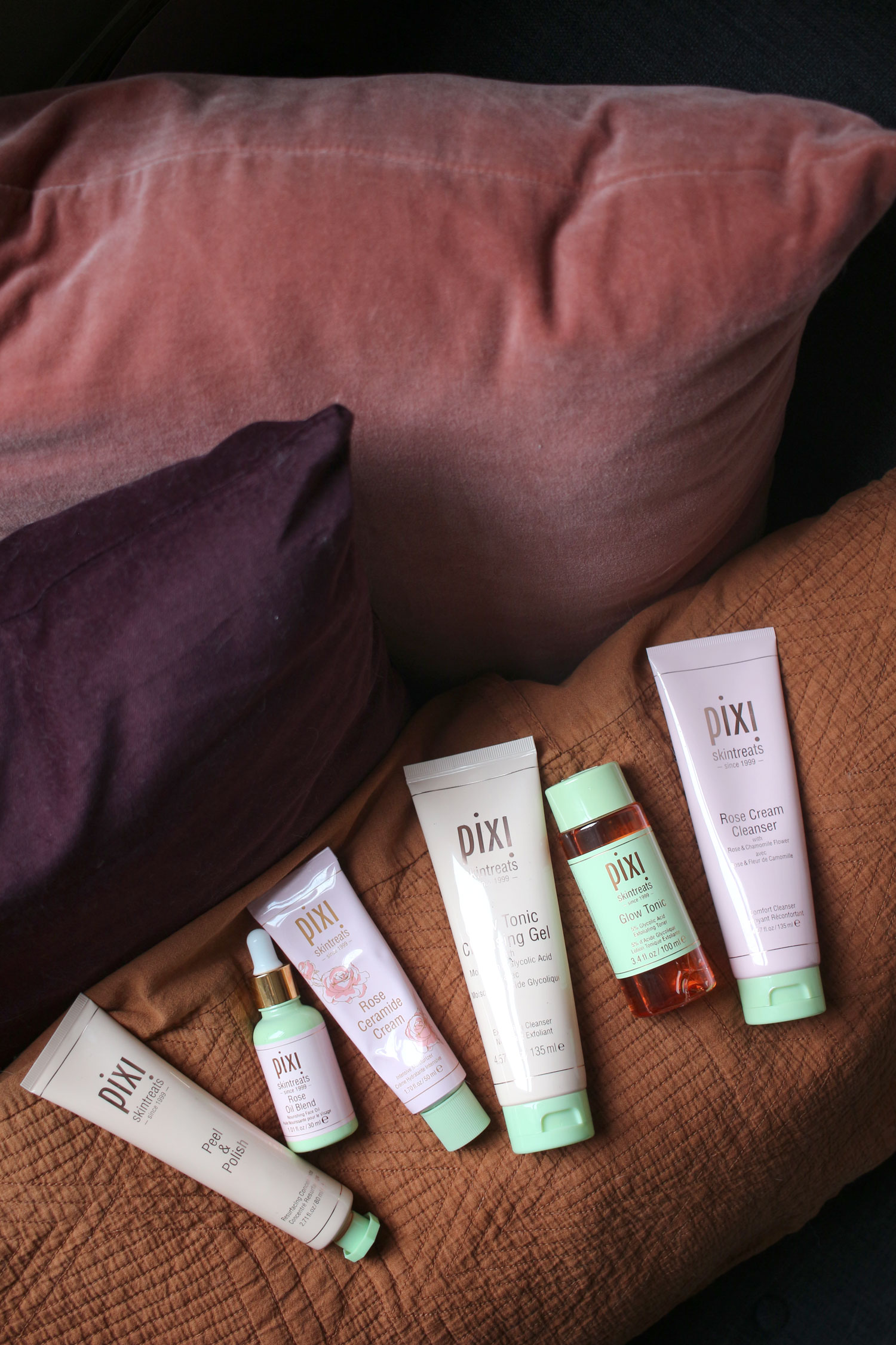 pixi-skincare-review-glow-tonic-rose-moisturiser-1