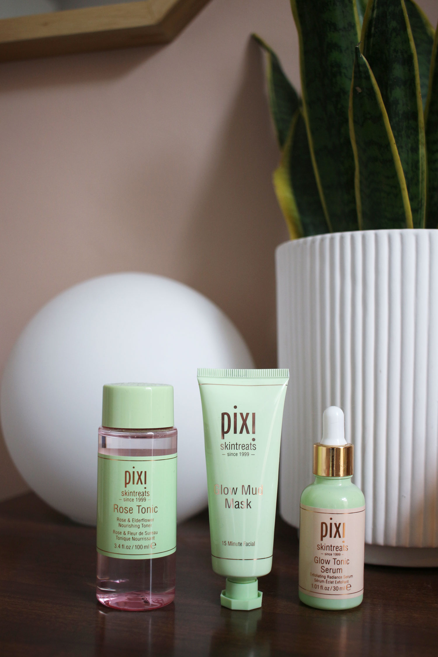 pixi-skincare-review-glow-tonic-rose-moisturiser-2