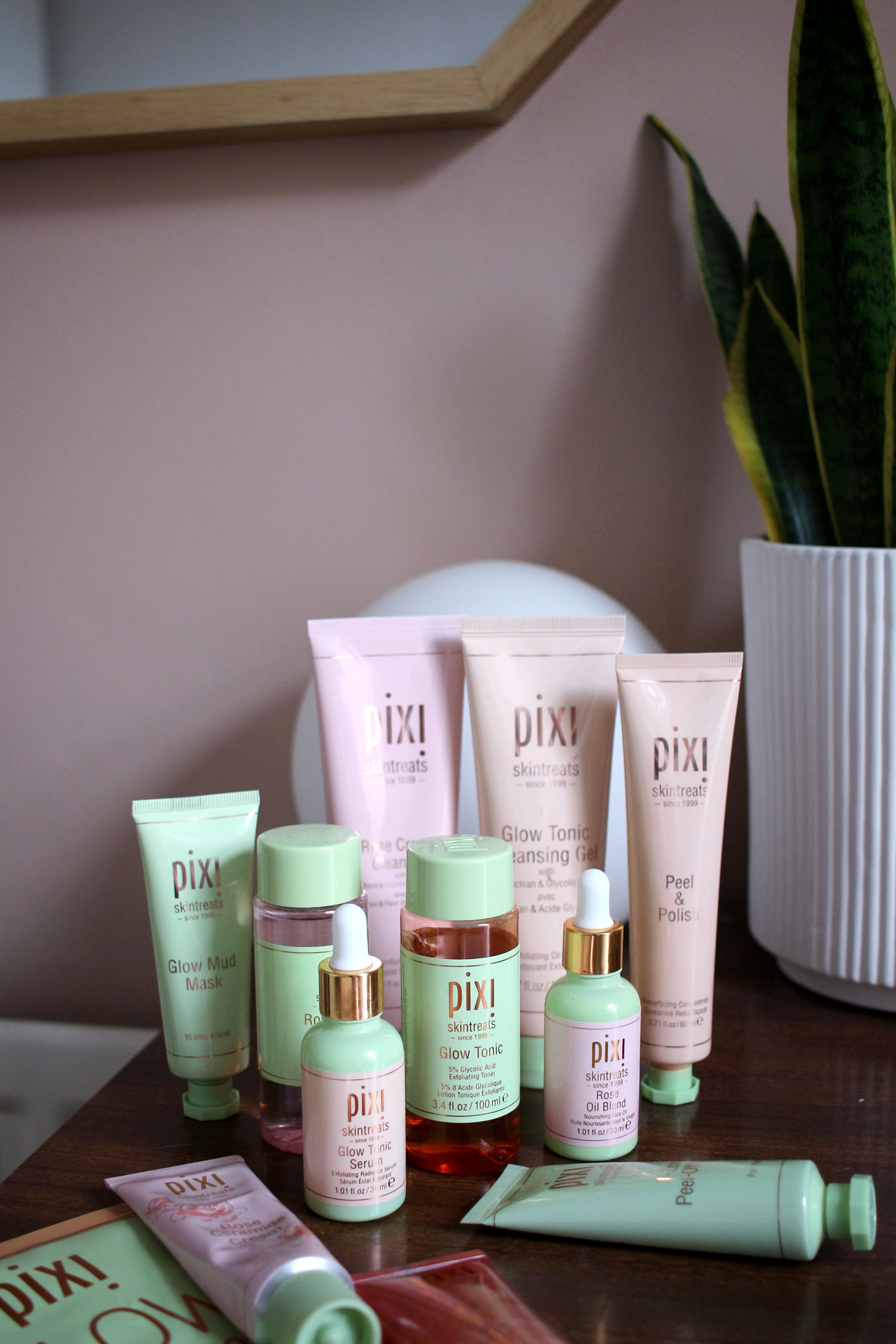 pixi-skincare-review-glow-tonic-rose-moisturiser