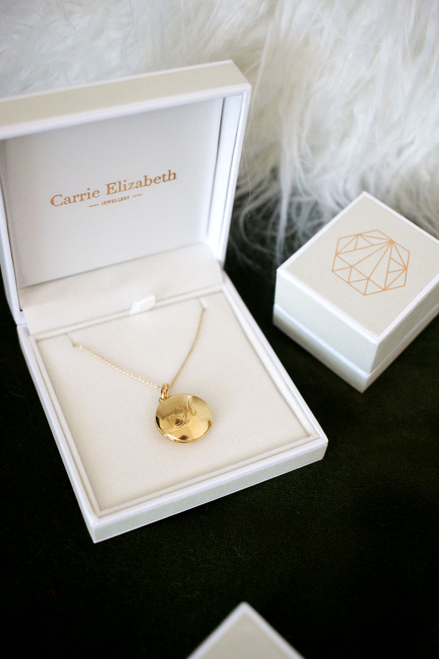 carrie-elizabeth-jewellery-review-affordable-diamonds-9ct-gold-5
