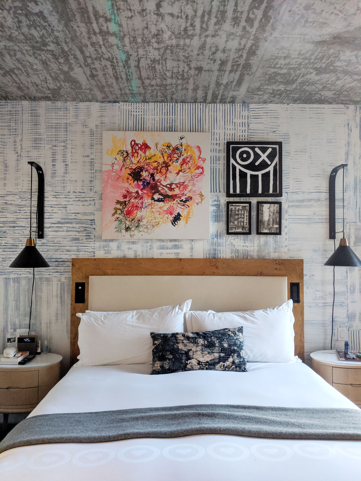 Hotel-50-Bowery-New-York-Manhattan-Review-Room-Travel-Blogger-8