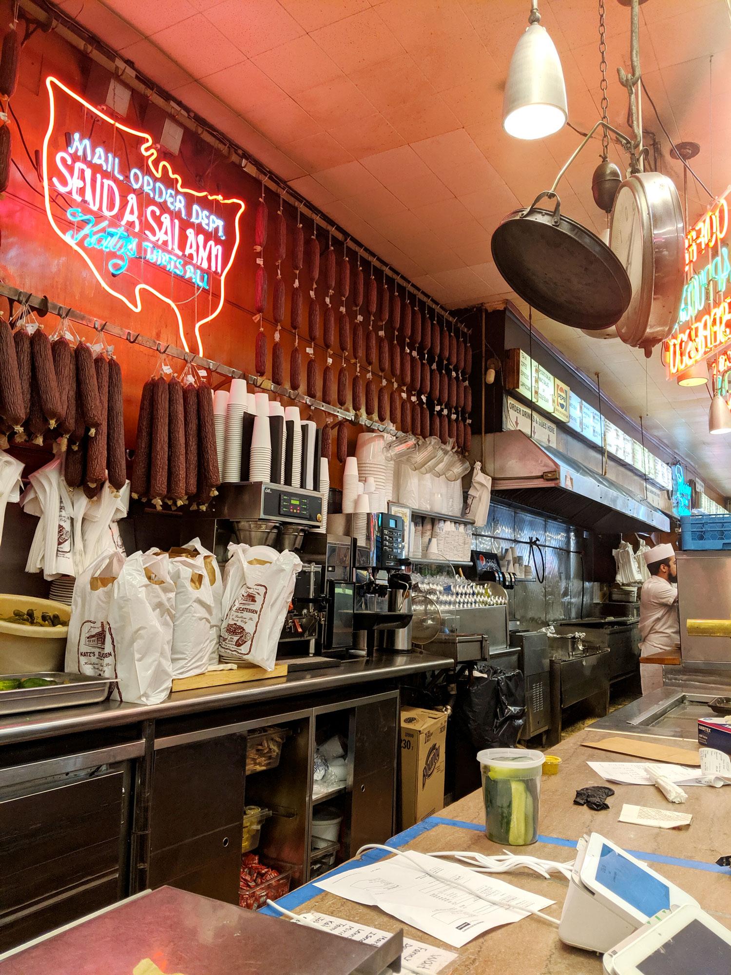 what-i-ate-in-new-york-restaurant-guide-manhattan-10-katz-deli