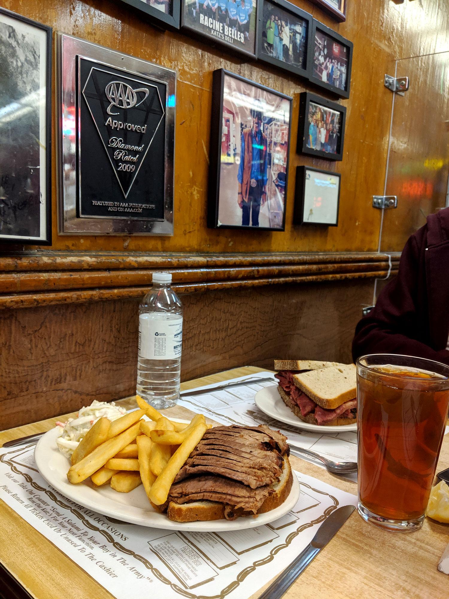 what-i-ate-in-new-york-restaurant-guide-manhattan-12-katz-deli