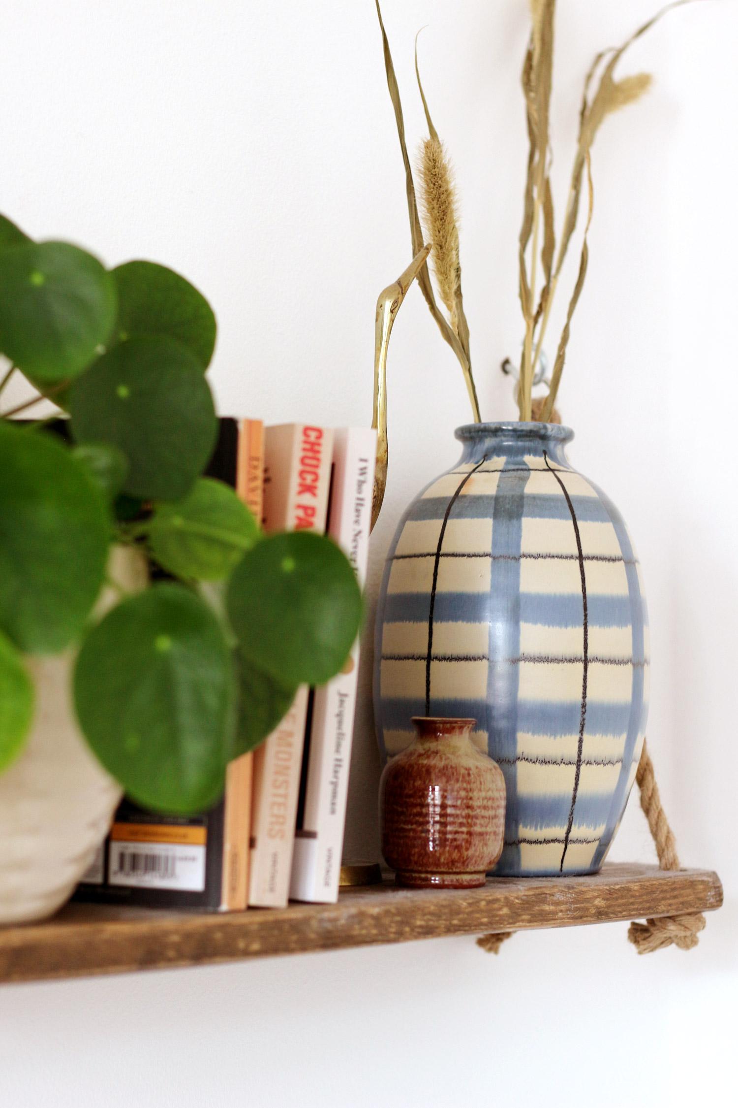 bedroom-changes-vintage-vase-shelf-styling-thelovecatsinc