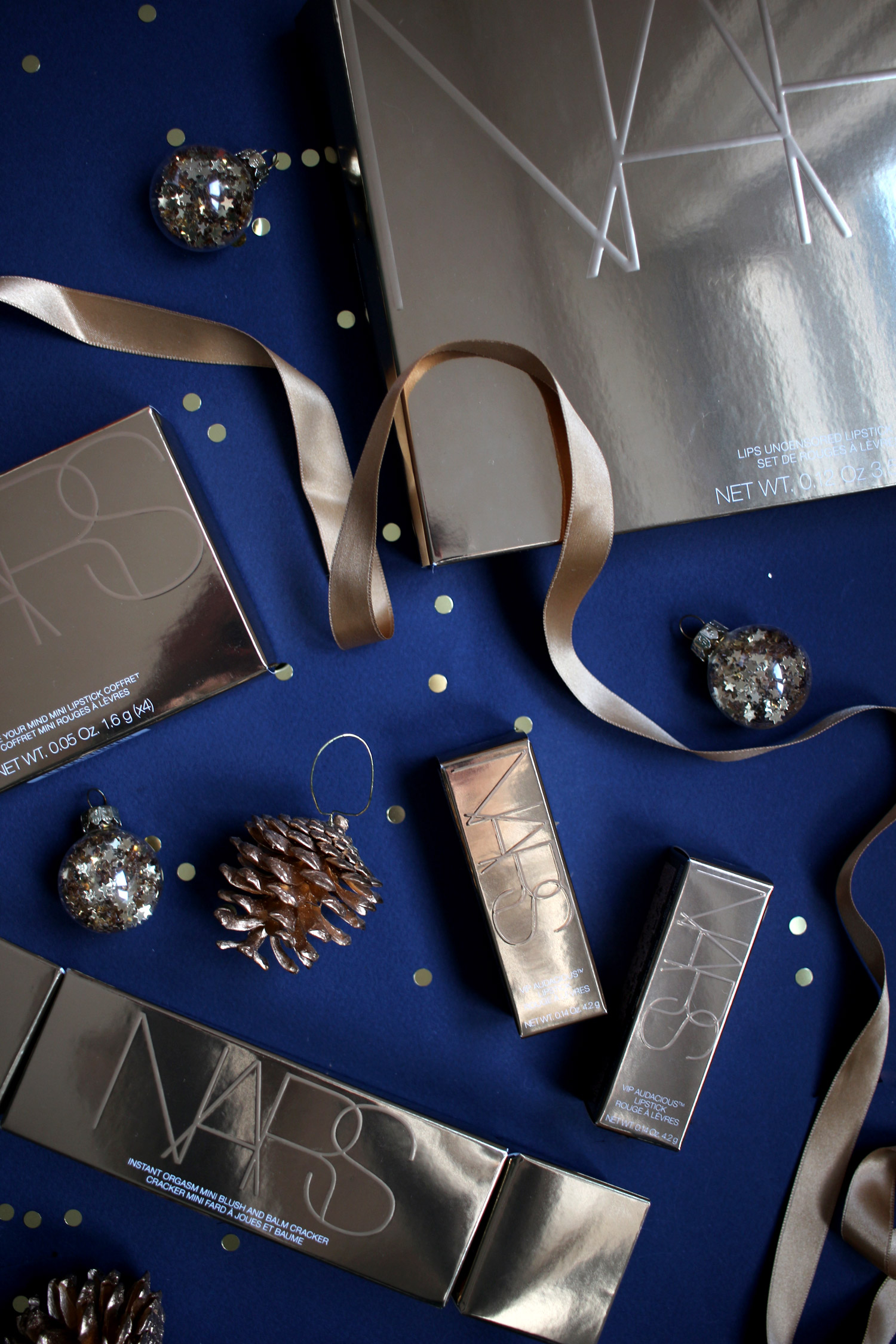 christmas-2020-beauty-gift-guide-NARS-gift-sets-gold