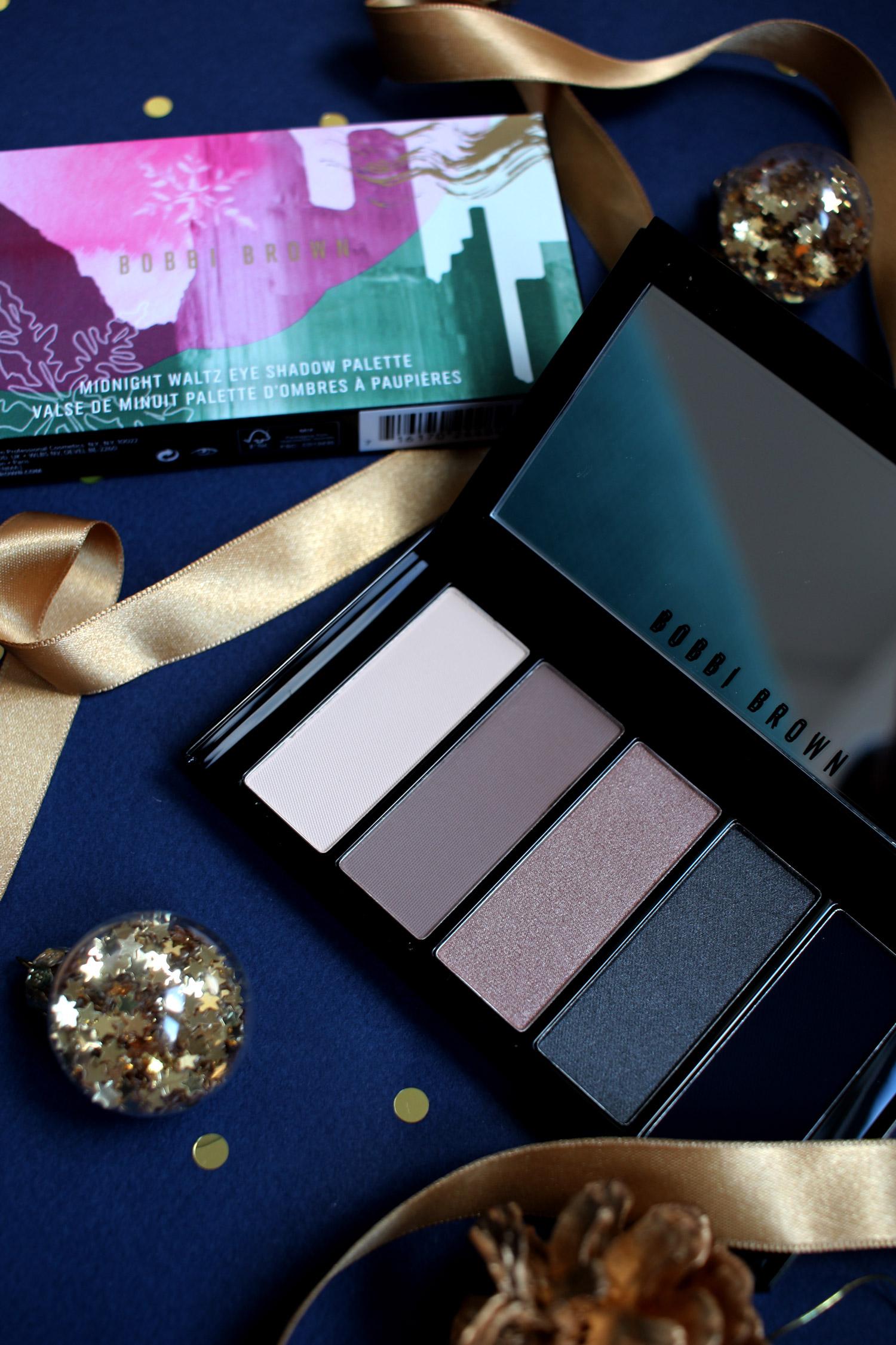 christmas-2020-beauty-gift-guide-bobbi-brown-midnight-waltz-eyeshadow-palette