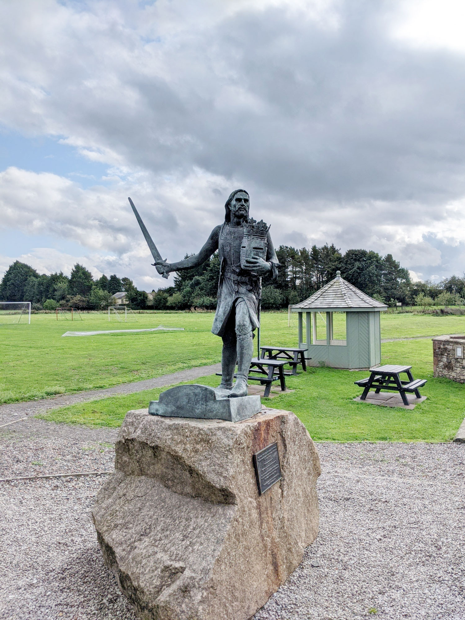 King Edward Statue